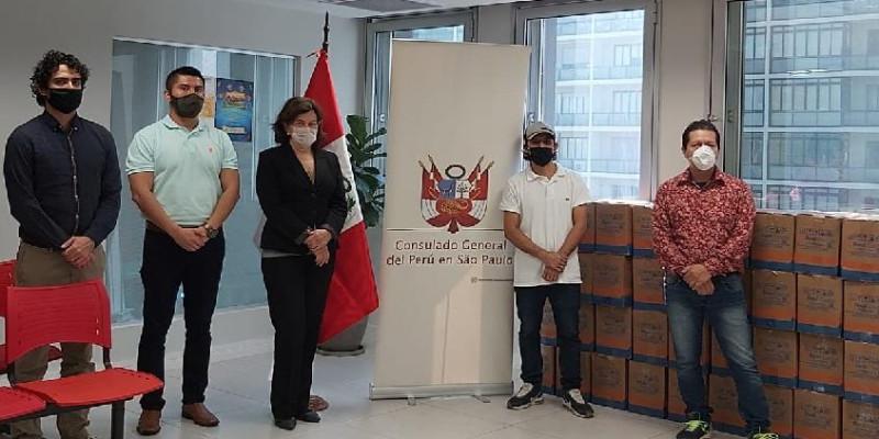 Consulado peruano realiza doação de 136 cestas básicas