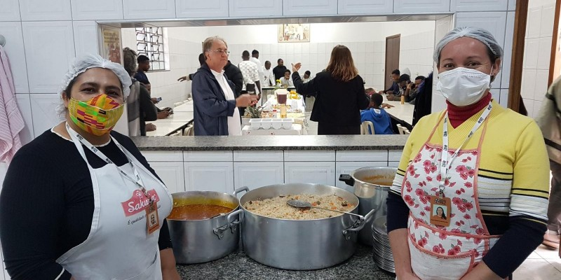 Festa da Casa do Migrante celebra o fim do jejum do Ramadã