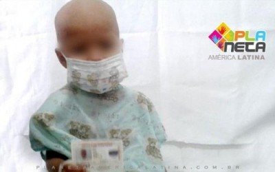 Chegou em SP, criança boliviana que teve o rim retirado por erro médico