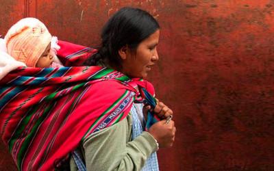 No dia da mãe boliviana saudades de Imigrantes em SP