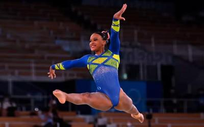 Rebeca Andrade, ginasta medalha de prata nas Olimpíadas de Tóquio, começou carreira em projeto social de Guarulhos