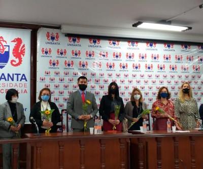 Consulado peruano fecha acordo de cooperação com a Prefeitura de Santos